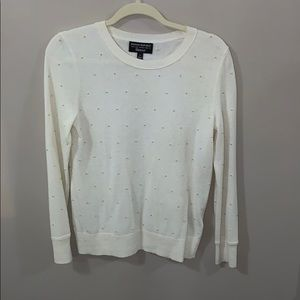 Ivory sweater with small gold beading